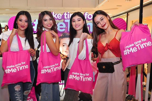 GMA Artists L2R Marika Sasaki, Ayra Mariano, Thea Tolentino, Kris Bernal