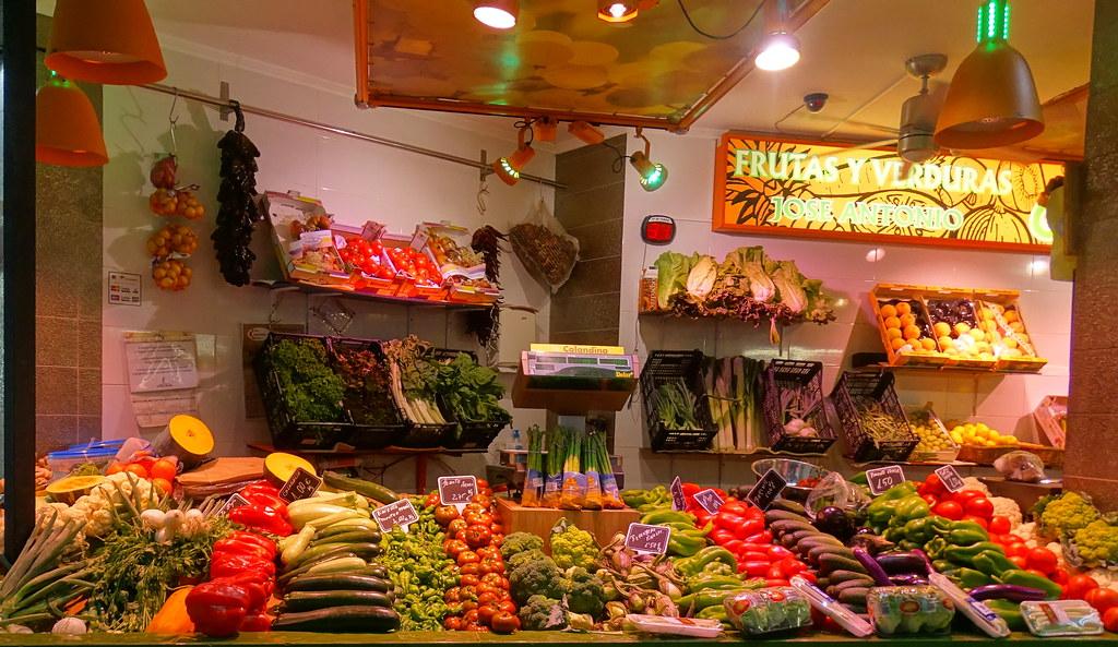 frutas Verduras Hortalizas interior Mercado Central Alcazar de San Juan Ciudad Real 08