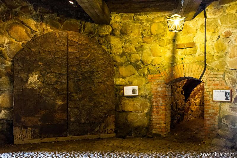 Петровские ворота, крепость Корела в Приозерске