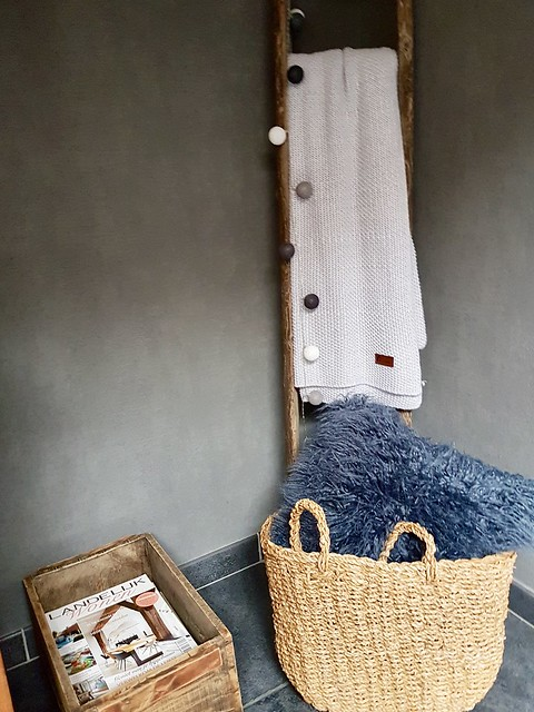 Houten ladder Landelijk Wonen rieten tas
