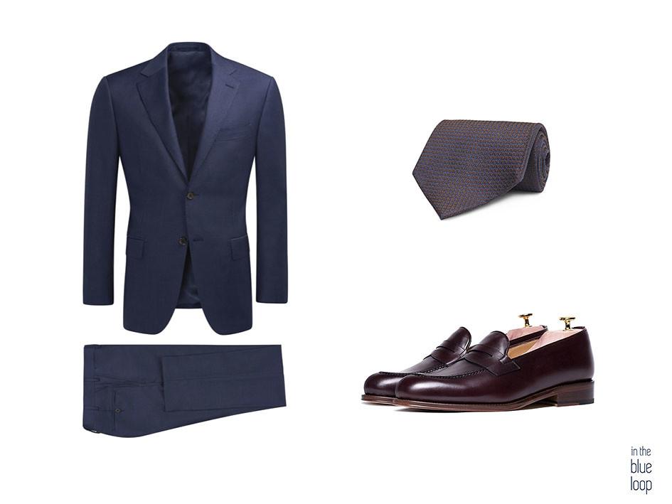 a9138d754d0 Traje azul con zapatos loafer o mocasines masculinos y corbata
