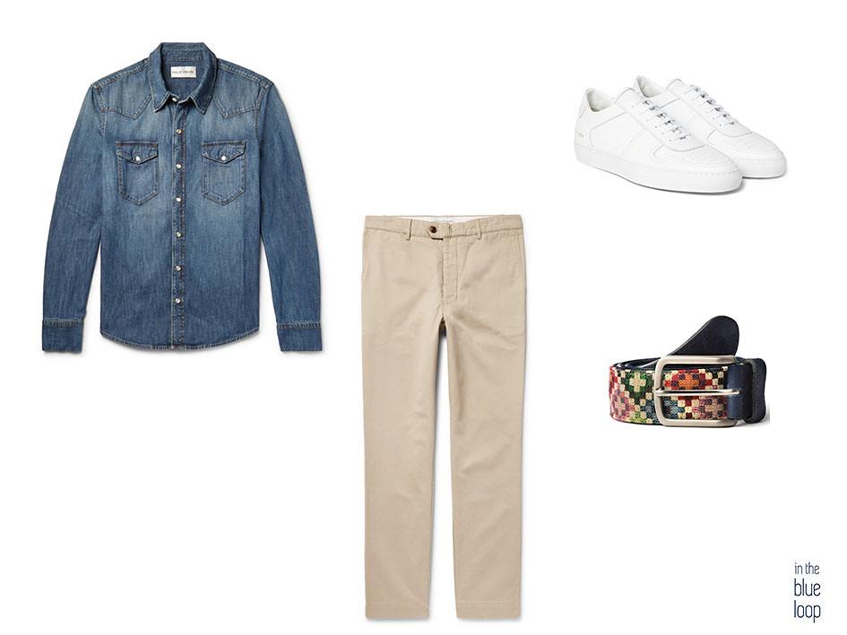 Look casual con sneakers blancas, cinturón Tauce de blue hole, chinos y camisa vaquera azul