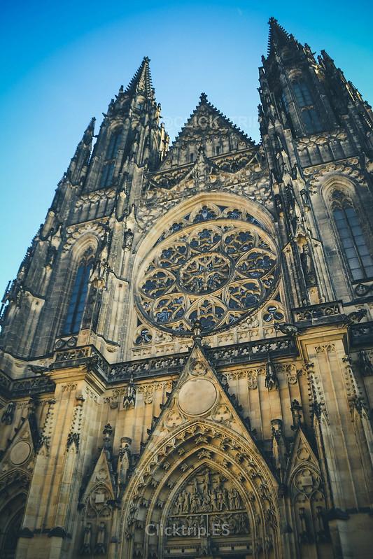 Fachada de la Catedral de San Vito | Interior Castillo de Praga