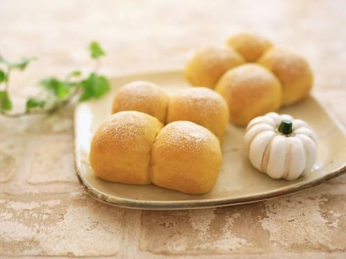 柿酵母のかぼちゃパン IMG_6156 (2)