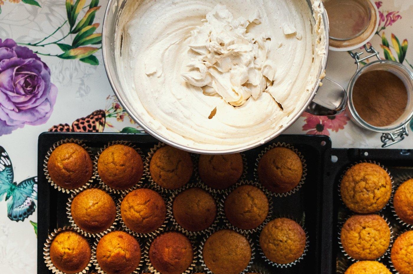 pumpkin cupcakes with brown butter SMBC