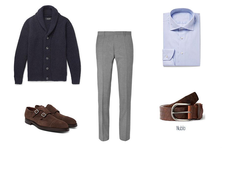 Smart-casual con cardigan, zapatos loafer marrones de ante, cinturón Nublo de Blue hole, camisa azul y pantalón de vestir