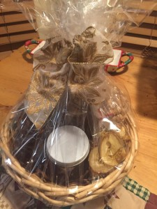 Christmas Gift Basket w Wrap