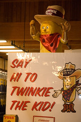 Twinkie the Kid animatron at Stew Leonard's