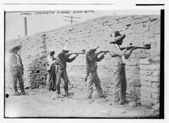 Juarez, fortification of adobes during battle ...