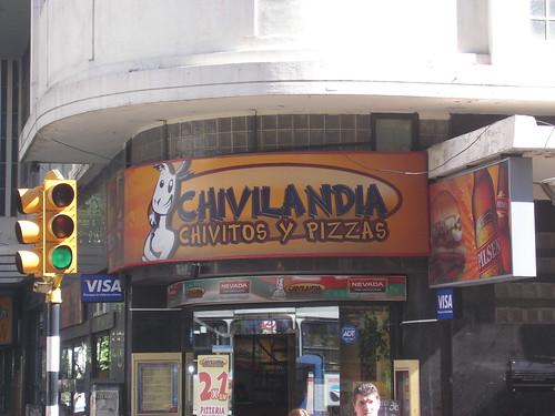 Chivito=viande de Bouc. C'es la specialité culinaire de Montevideo. On fait aussi du bon fromage de chevre dans le pays ( un peu comme notre Sainte Maure de Touraine bien qu'il soit inegalable