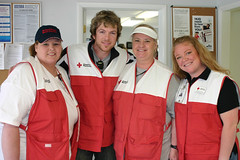 Tulsa, OK volunteers w/ Rascal Flatts' Joe Don Rooney