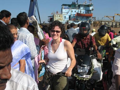 Dalt del ferri amb bici, cap a Vypeen Island