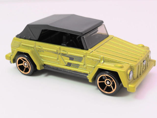 hot wheels volkswagen type 181 (2)