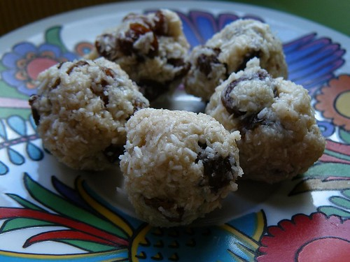 Kristen's Heavenly Raw Cookies