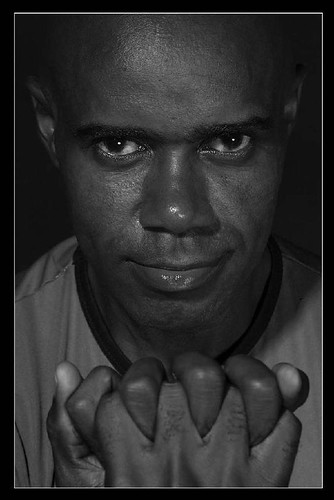 "Retrato4 • <a style=""font-size:0.8em;"" href=""http://www.flickr.com/photos/20681585@N05/2035795547/"" target=""_blank"">View on Flickr</a>"
