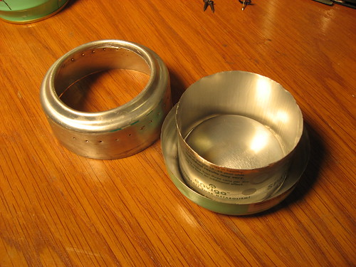 three main pieces of sideburner alcohol hybrid pop can stove