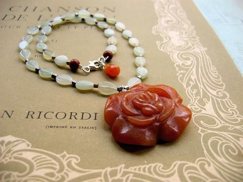 Centifolia necklace