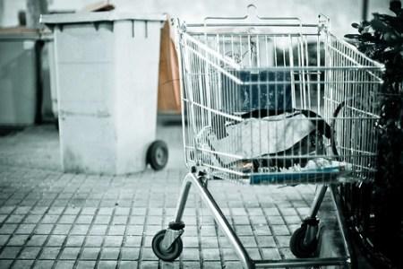 Pop-Trash Mart: Thats Life - Photo : kozumel