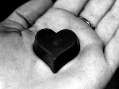 Con el corazón en la mano