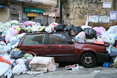 Emergenza rifiuti a Napoli