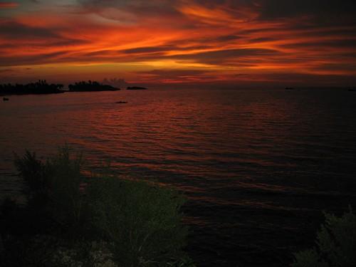 sunset at malapascua