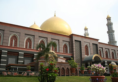 masjid kubah emas-depok-6