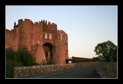 Château de Douvres avec la lumière du couchant