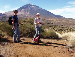 Hiking the Arenas Negras trail