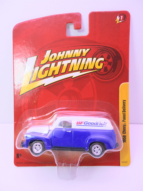 johnny lightning 1950 chevy panel delivery bf goodrich (1)