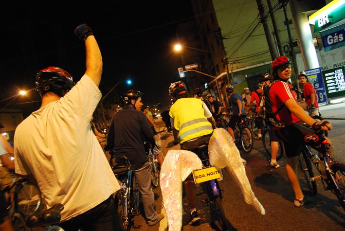 BicicletadaSP-Abr08_0430