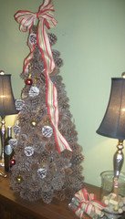 Pine cone Christmas Tree side view