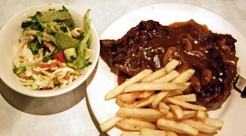 Warilla Sports Club bistro $7 rump steak with chips and salad