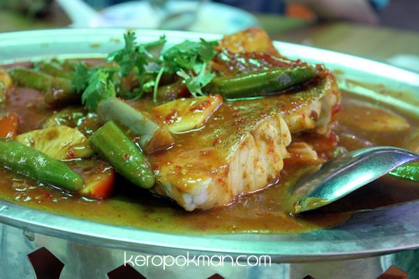 Ban Tong Seafood Restaurant - Fish Dish