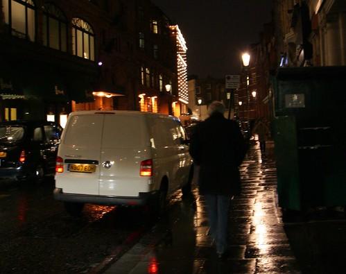 Briatore andando solito por Londres, gracias a Flickr