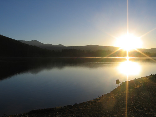 Day 03 - Sunrise Over Lake Siskiyou
