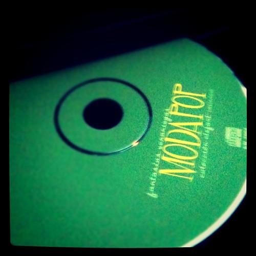 Este CD convierte mi cansancio en #buenrolling by rutroncal