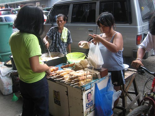 Colon st Cebu Philippines banana snack street sidewalk vendor  Buhay Pinoy Philippines Filipino Pilipino  people pictures photos life Philippinen Taboan