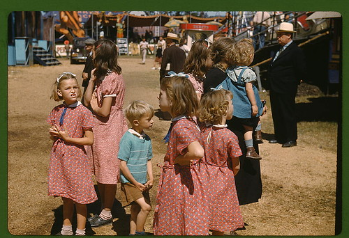Delano, Jack,, 1914-, photographer.  At the Vermont state fair, Rutland  1941 Sept.