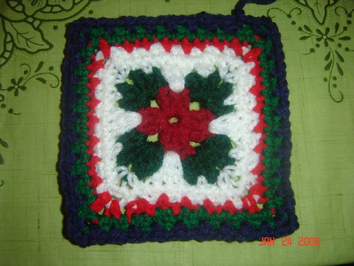 Holly Leaf Christmas Afghan