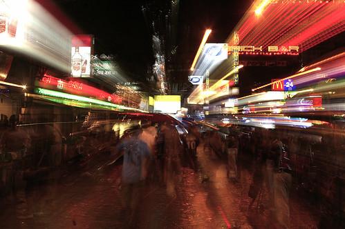 khao san nighttime