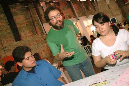 Algarra na interação com os integrantes do Jornalismo Cultural Independente