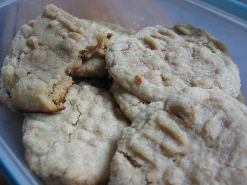 peanut butter crisscrosses 2
