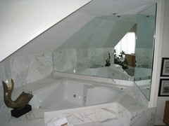 jacuzzi tub (located next to the bed)