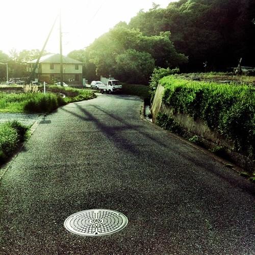 帰りみち、てくてく。 今日は、いい天気だからちと遠くの駅まで歩きです。#walking