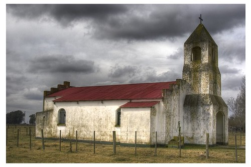 """Iglesia • <a style=""""font-size:0.8em;"""" href=""""http://www.flickr.com/photos/20681585@N05/2083793251/"""" target=""""_blank"""">View on Flickr</a>"""