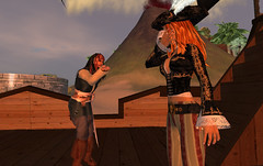 Captain Jack Sparrow blows kiss to Gwyn