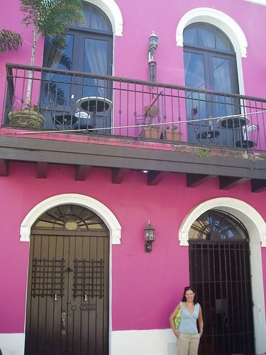 Bright purple, Calle San Sebastian