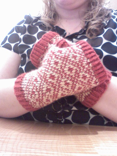 endpaper mitts done