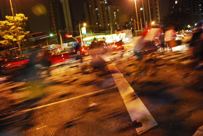 BicicletadaSP-Abr08_0265