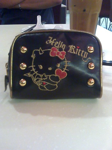 Hello Kitty Devil pouch